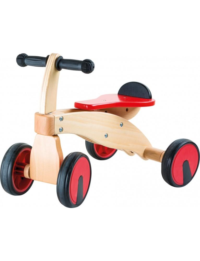 Triciclo in legno primi passi